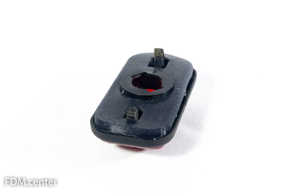Прокладка на красные габариты крыши Hammer H2 холодное литье